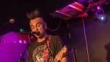 Pogo tour 2019 opětovně rozbourala pražský klub Rock Cafe (5 / 107)