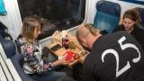 Prasofest ve vlaku (87 / 150)