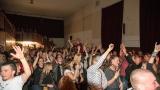 Kapela Kabát revival West - výlet zpěváka do publika (59 / 62)