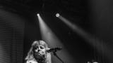 Suzi Quatro se svou Rock And Roll basou vyprodala velký sál Lucerny v Praze. (9 / 55)