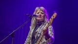 Suzi Quatro se svou Rock And Roll basou vyprodala velký sál Lucerny v Praze. (18 / 55)