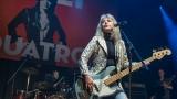 Suzi Quatro se svou Rock And Roll basou vyprodala velký sál Lucerny v Praze. (3 / 31)