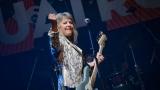 Suzi Quatro se svou Rock And Roll basou vyprodala velký sál Lucerny v Praze. (11 / 31)