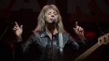Suzi Quatro se svou Rock And Roll basou vyprodala velký sál Lucerny v Praze. (31 / 31)