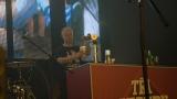 Kapela Tři sestry - připravený výčep na pódiu (41 / 107)