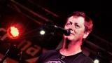 Club Bamboo ve Zlíně zažil pořádnou punkovou smršť v podobě kapel N.V.Ú. a Znouzectnost (6 / 38)