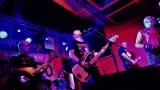 Club Bamboo ve Zlíně zažil pořádnou punkovou smršť v podobě kapel N.V.Ú. a Znouzectnost (26 / 38)