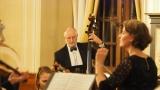 Příbramská filharmonie v zrcadlovém sále dobříšského zámku (12 / 26)