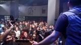 Charitativní koncert jako vzpomínka na oběti tragédie v bukurešťském klubu Colectiv (2 / 10)