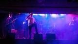 Hardcorový večer v Rock café přitáhl spoustu fanoušků. (2 / 89)