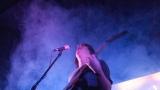 Hardcorový večer v Rock café přitáhl spoustu fanoušků. (10 / 89)