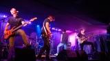Hardcorový večer v Rock café přitáhl spoustu fanoušků. (46 / 89)