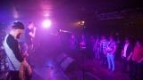 Hardcorový večer v Rock café přitáhl spoustu fanoušků. (63 / 89)
