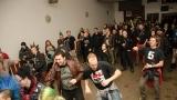 Příznivci punku v Plzni vzdali znovu hold legendě Sidu Viciousovi (23 / 246)