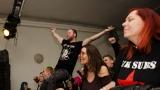 Příznivci punku v Plzni vzdali znovu hold legendě Sidu Viciousovi (133 / 246)