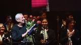 Dušan Vančura se Spirituál kvintetem  a hosty velkolepě oslavil v nabité Lucerně své osmdesátiny (55 / 58)