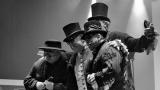 Gentlemani v cylindrech připravili originální podívanou (13 / 59)
