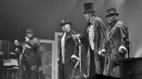 Gentlemani v cylindrech připravili originální podívanou (32 / 59)