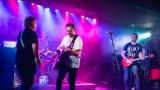 Ovocno-zeleninový mix a RockTom rozparádili publikum v RockCafé (11 / 43)