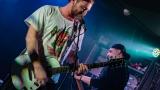 Ovocno-zeleninový mix a RockTom rozparádili publikum v RockCafé (33 / 43)