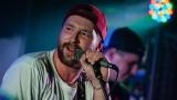 Ovocno-zeleninový mix a RockTom rozparádili publikum v RockCafé (34 / 43)