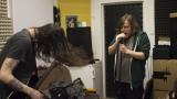 """""""Trochu devadesátkovej grunge, trochu uřvanej punk."""" Seznamte se s Decibelo Retardo (7 / 21)"""