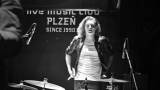 Sobotní rock'n'rollové šílenství vLampě (22 / 33)