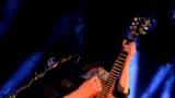 Thom Artway si svým energickým koncertem s premiérou videoklipu All I Know podmanil Malostranskou besedu  v Praze! (2 / 38)