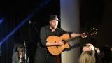 Thom Artway si svým energickým koncertem s premiérou videoklipu All I Know podmanil Malostranskou besedu  v Praze! (7 / 38)