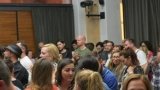 Thom Artway si svým energickým koncertem s premiérou videoklipu All I Know podmanil Malostranskou besedu  v Praze! (10 / 38)
