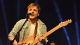 Thom Artway si svým energickým koncertem s premiérou videoklipu All I Know podmanil Malostranskou besedu  v Praze! (16 / 38)