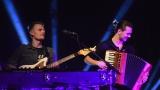 Thom Artway si svým energickým koncertem s premiérou videoklipu All I Know podmanil Malostranskou besedu  v Praze! (17 / 39)
