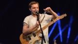 Thom Artway si svým energickým koncertem s premiérou videoklipu All I Know podmanil Malostranskou besedu  v Praze! (23 / 38)
