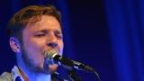 Thom Artway si svým energickým koncertem s premiérou videoklipu All I Know podmanil Malostranskou besedu  v Praze! (31 / 38)