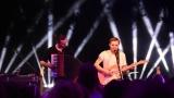 Thom Artway si svým energickým koncertem s premiérou videoklipu All I Know podmanil Malostranskou besedu  v Praze! (38 / 39)