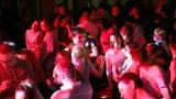 dancing fans (53 / 56)