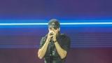 Enrique Iglesias (41 / 48)