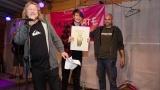 Předávání pamětního listu členovi kapely Rocksana (243 / 245)
