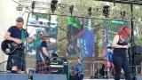 Tradiční třísesterský narozeninový večírek na Braníku nezklamal – kapela letos oslavila 33 let (13 / 18)