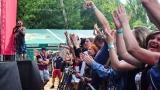Tradiční třísesterský narozeninový večírek na Braníku nezklamal – kapela letos oslavila 33 let (38 / 57)