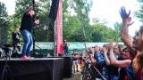 Tradiční třísesterský narozeninový večírek na Braníku nezklamal – kapela letos oslavila 33 let (39 / 57)