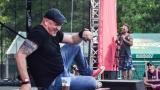 Tradiční třísesterský narozeninový večírek na Braníku nezklamal – kapela letos oslavila 33 let (40 / 57)