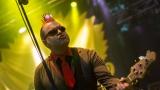 Tradiční třísesterský narozeninový večírek na Braníku nezklamal – kapela letos oslavila 33 let (42 / 169)