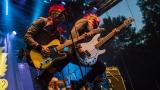 Tradiční třísesterský narozeninový večírek na Braníku nezklamal – kapela letos oslavila 33 let (57 / 169)