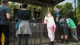 Tradiční třísesterský narozeninový večírek na Braníku nezklamal – kapela letos oslavila 33 let (78 / 169)
