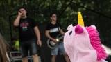 Tradiční třísesterský narozeninový večírek na Braníku nezklamal – kapela letos oslavila 33 let (81 / 169)