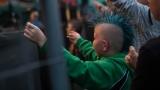 Tradiční třísesterský narozeninový večírek na Braníku nezklamal – kapela letos oslavila 33 let (132 / 169)