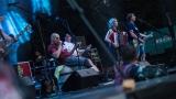Tradiční třísesterský narozeninový večírek na Braníku nezklamal – kapela letos oslavila 33 let (133 / 169)