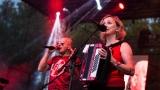 Tradiční třísesterský narozeninový večírek na Braníku nezklamal – kapela letos oslavila 33 let (147 / 169)