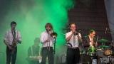 Kapela Rybičky 48 ovládla festival Rockové Hranice (48 / 79)